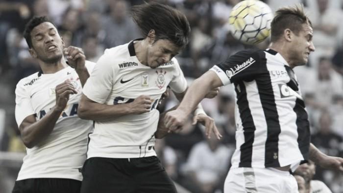Em jogo de arbitragem polêmica, Danilo marca e salva Corinthians contra Figueirense