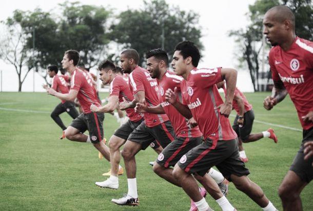 Internacional se reapresentacom ausências em treino no CT Parque Gigante