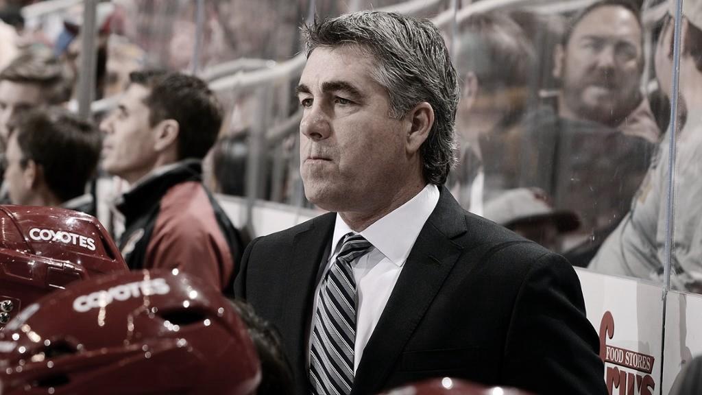 Tippett nuevo entrenador de los Oilers