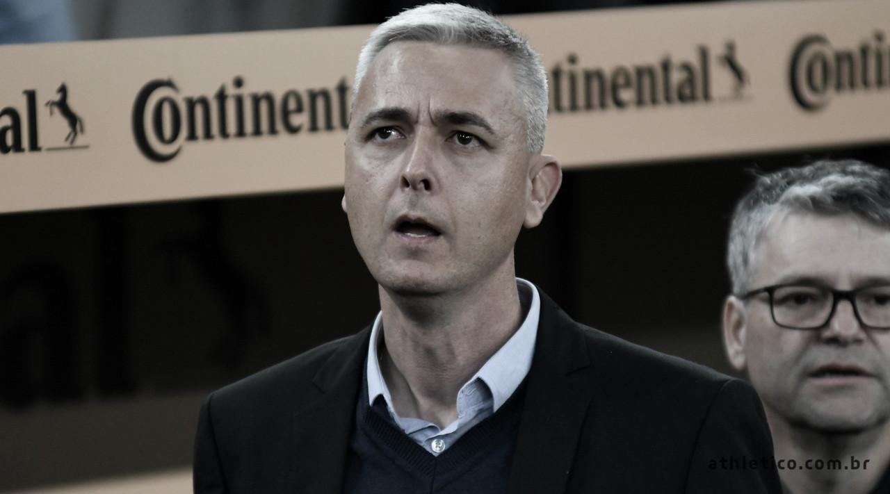 Tiago Nunes lamenta resultado do Athletico e discorda das mudanças de Jorge Jesus
