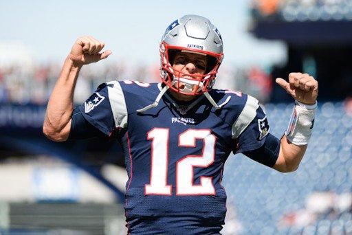 New England Patriots 30-14 New York Jets: Brady, New England dominate hapless Jets