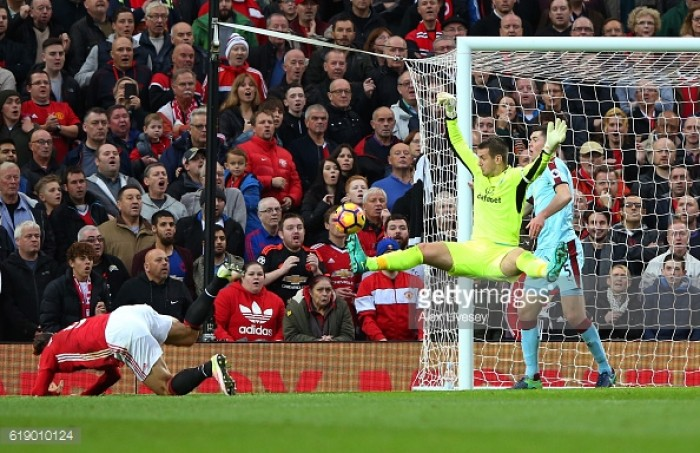 Manchester United 0-0 Burnley: Clarets defiant as Heaton shines