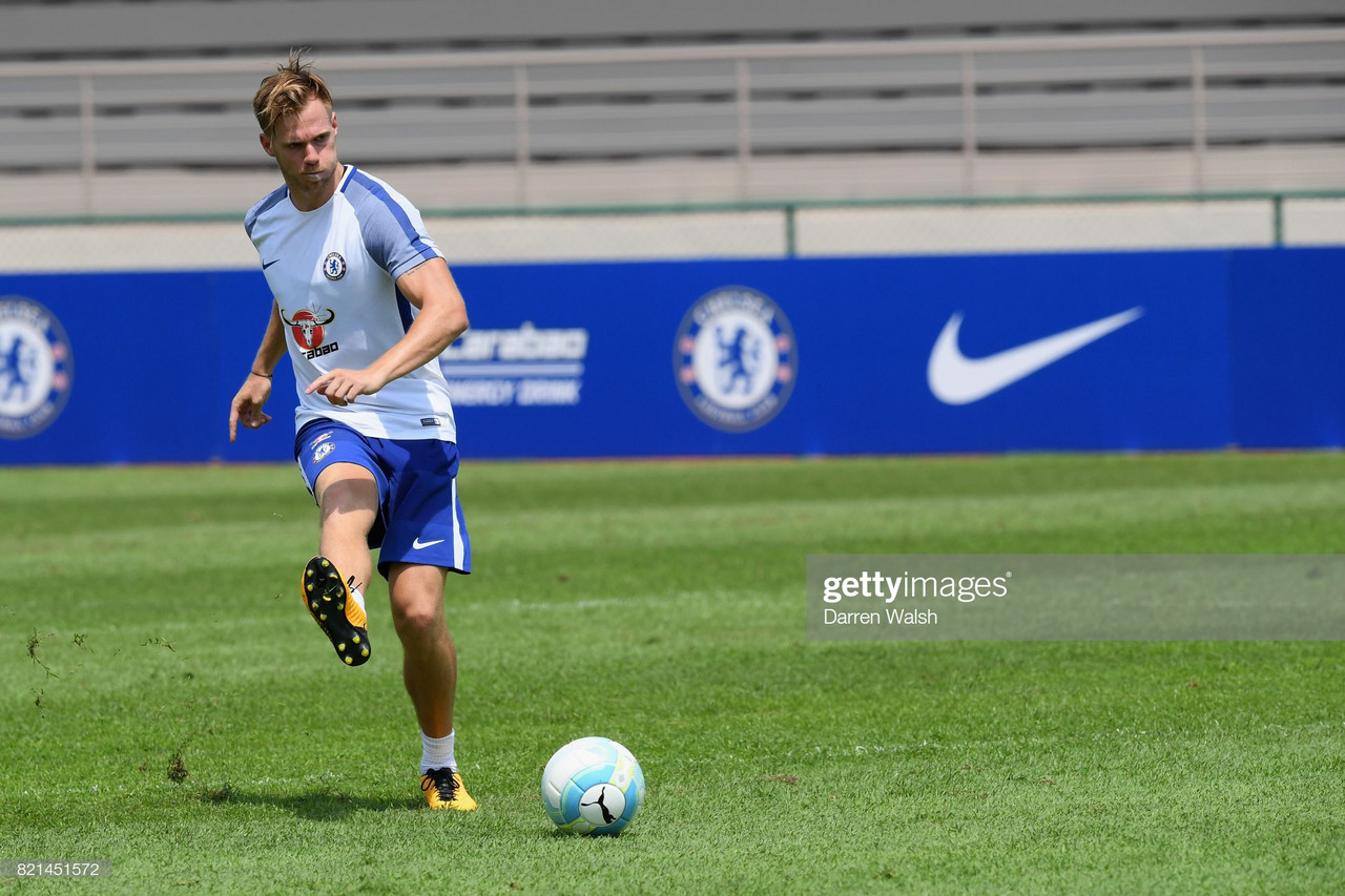 Chelsea's Tomas Kalas signs for Bristol City
