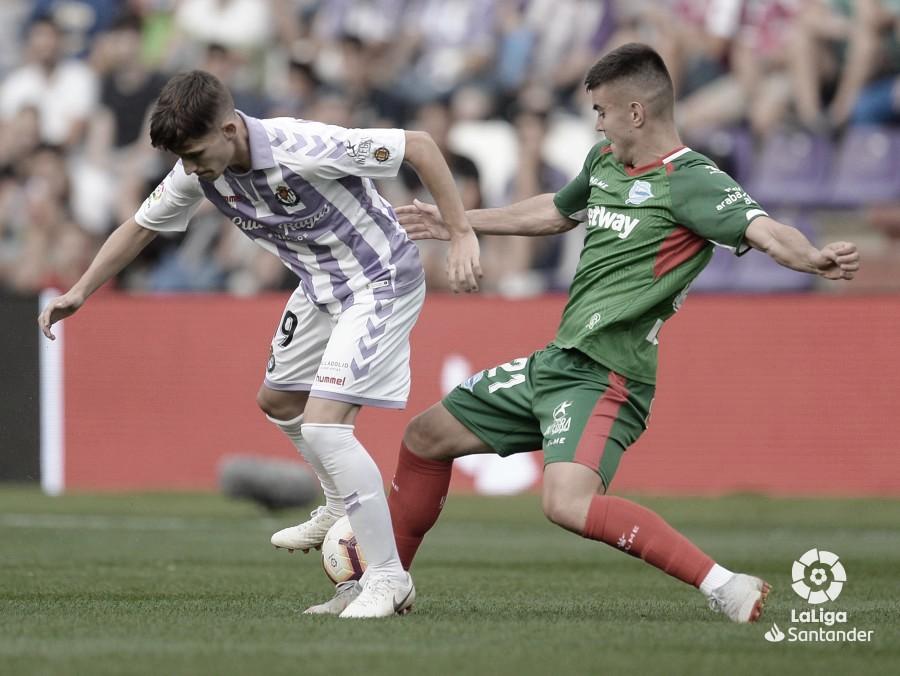 Previa Alavés - Real Valladolid: ambos conjuntos buscan una ansiada victoria