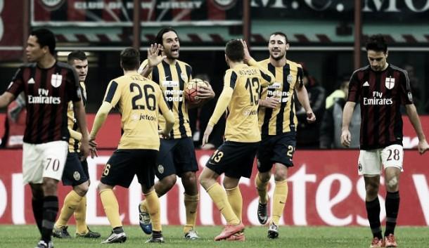Un bruttissimo Milan non va oltre l'1-1 contro un positivo Hellas Verona