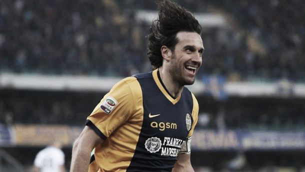 Luca Toni closes in on Capocannoniere