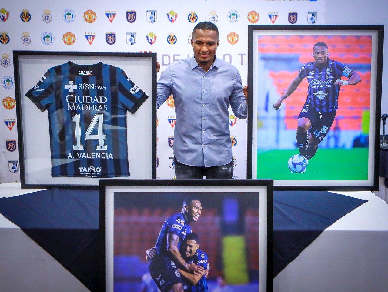 Antonio Valencia cuelga los botines