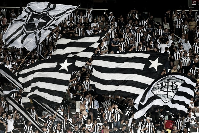 Com cerca 14 mil ingressos adquiridos, venda física para Botafogo x Flamengo é iniciada