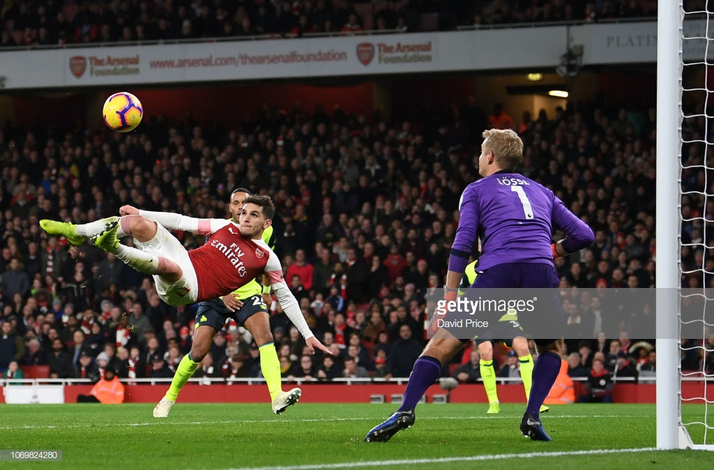 As it happened: Arsenal overcome brave Huddersfield with late Torreira goal