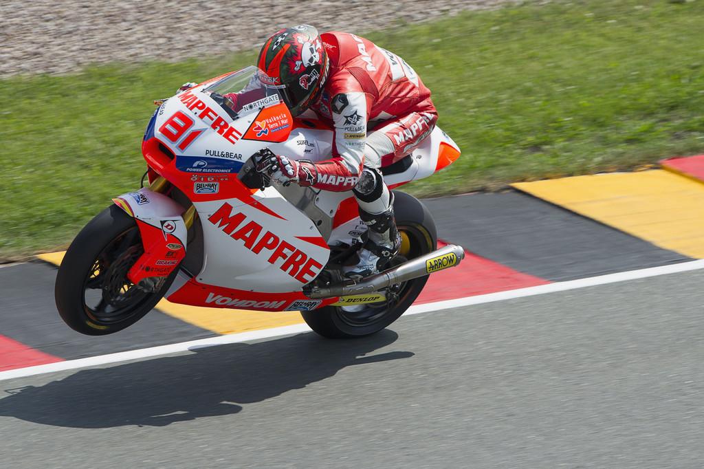 Moto2: vince Torres, Corsi secondo