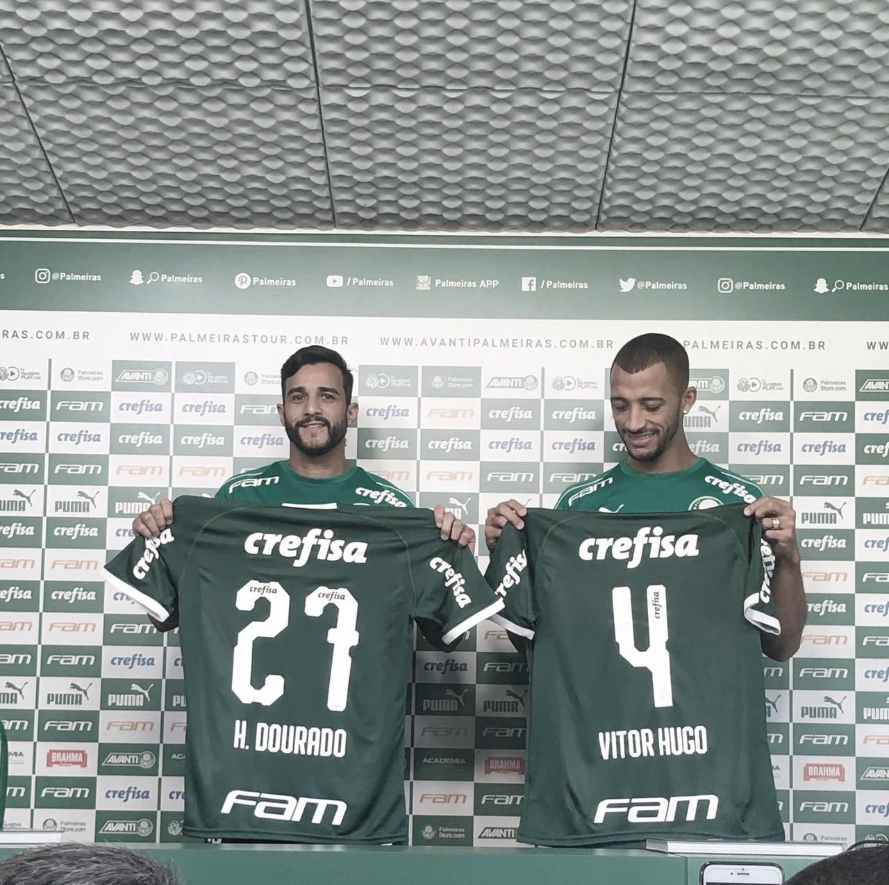 Vitor Hugo e Henrique Dourado são apresentados no Palmeiras para restante da temporada