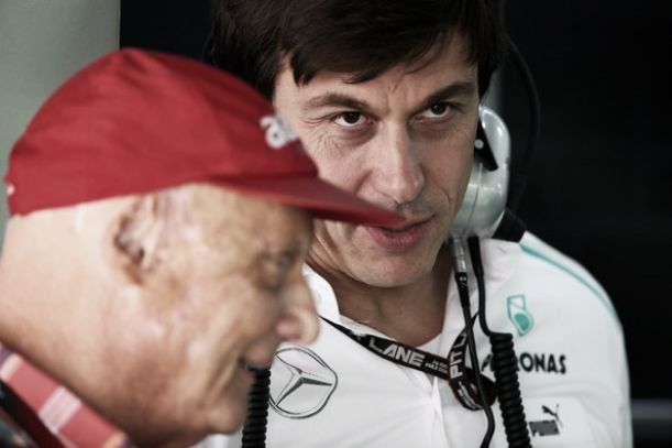Mercedes podría volver a utilizar órdenes de equipo