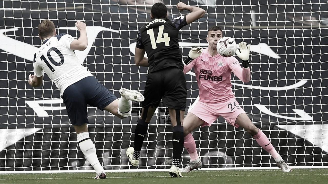 Tottenham pierde dos puntos en el último instante ante Newcastle