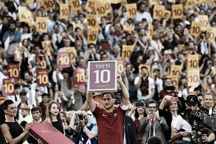 Despedida de Totti da Roma é regada à vitória épica sobre Genoa e vaga direta à Champions League