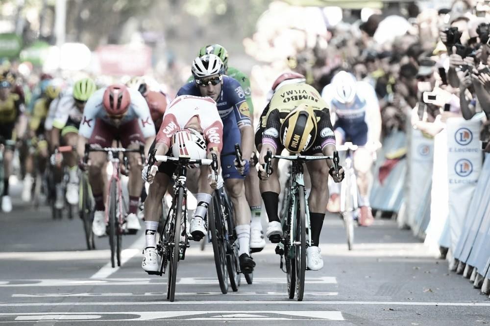 Caleb Ewan se torna o décimo ciclista a vencer em onze etapas do Tour de France