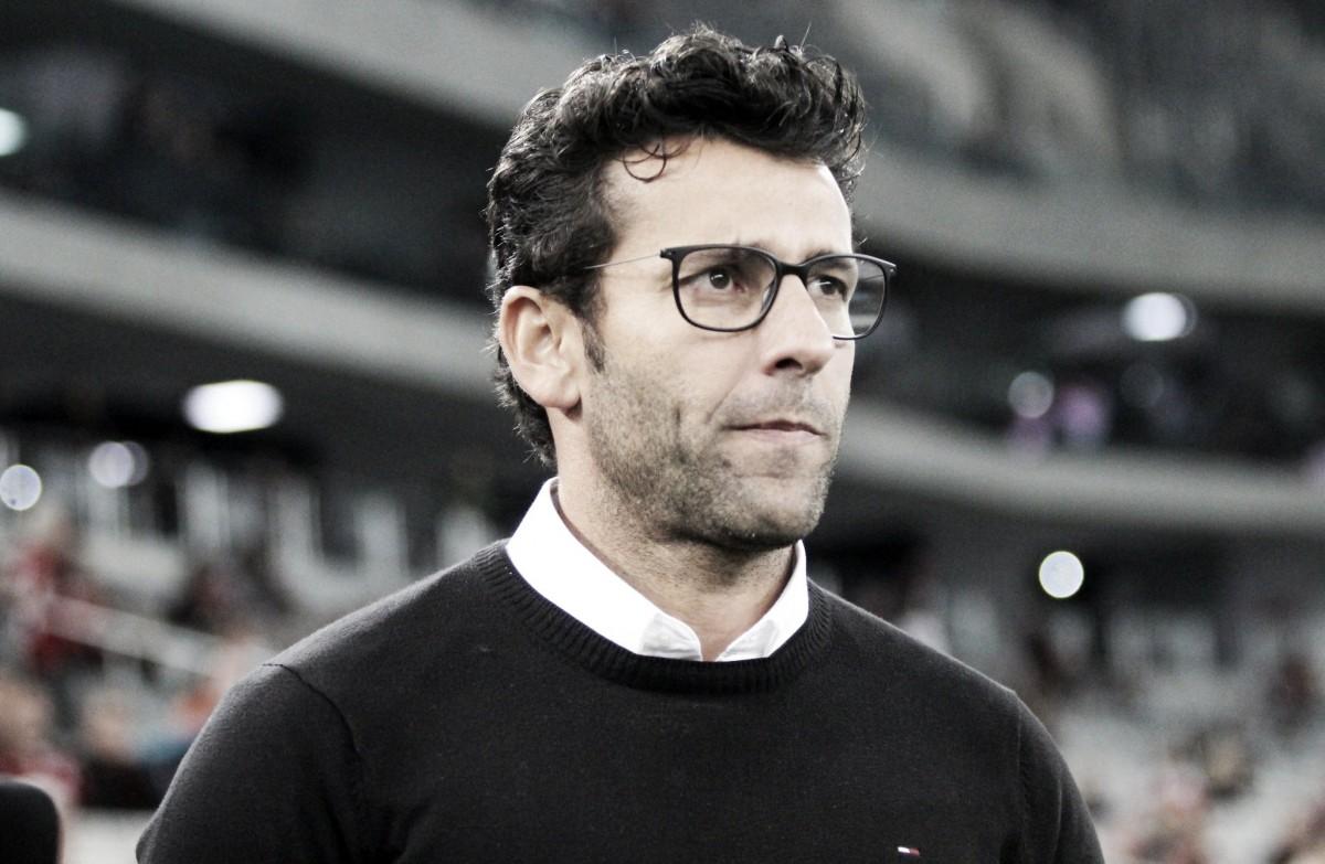 Valentim comenta apressada chegada ao Vasco e elogia atuação em derrota diante do Atlético-PR