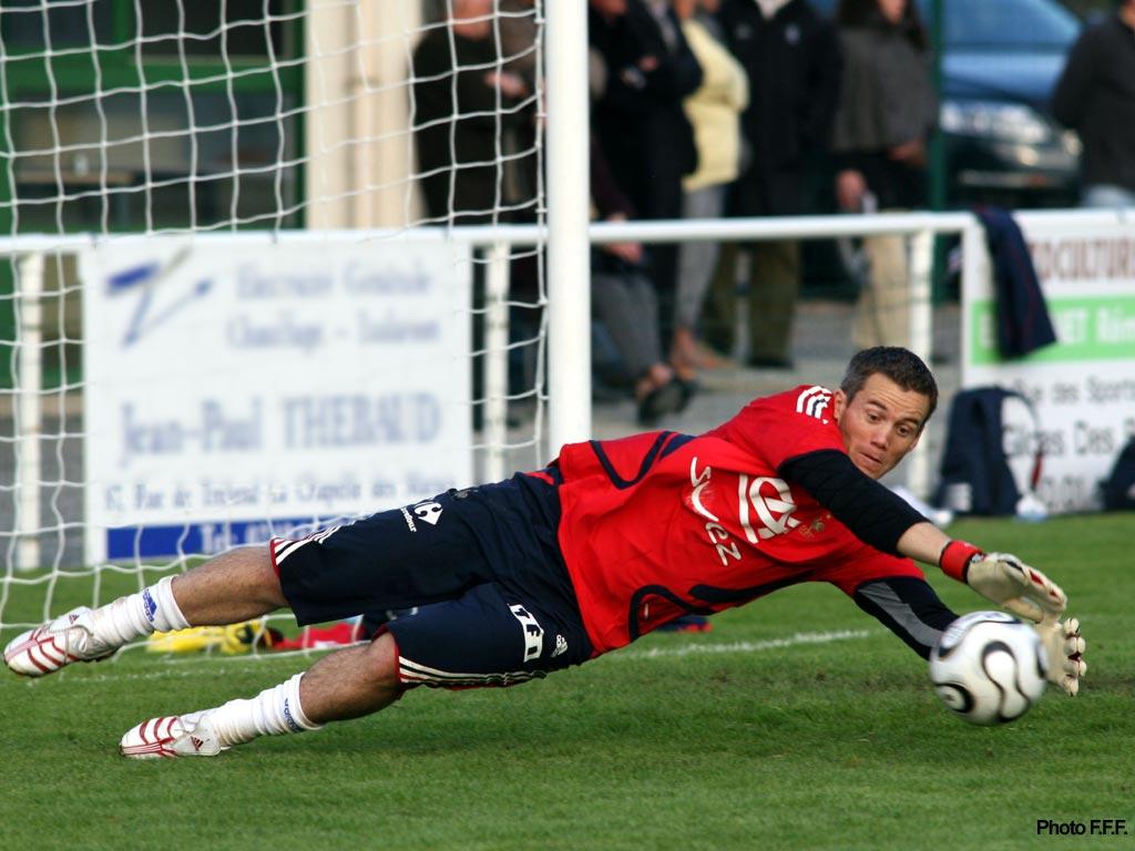 Mickaël Landreau prolonge avec Bastia