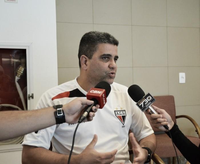 """Marcelo Cabo mantém cautela após vitória sobre Vasco: """"Não podemos nos deslumbrar"""""""