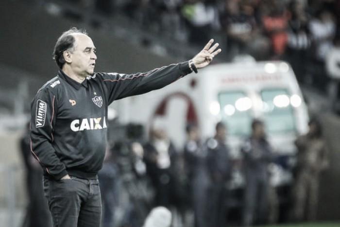 Marcelo Oliveira lamenta gol da Ponte e ressalta entrega da equipe após saída de Carioca