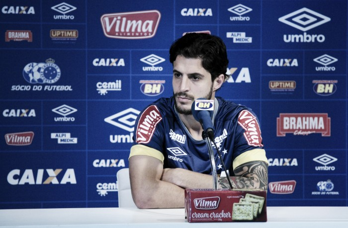 Hudson é liberado pelo departamento médico do Cruzeiro e vira opção contra São Paulo