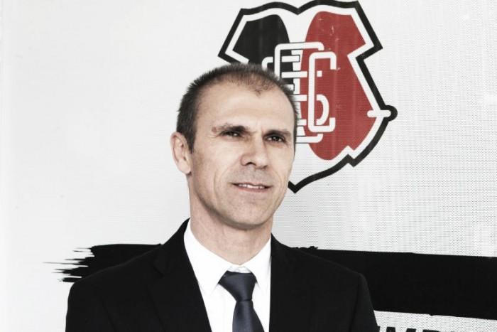 """Milton Mendes reconhece """"sabor amargo"""" após empate com Grêmio"""