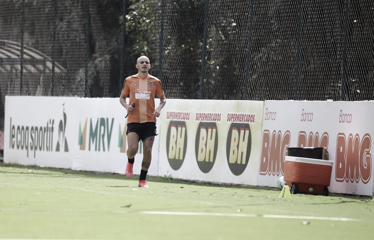 Atlético-MG volta a treinar na Cidade do Galo após dois meses