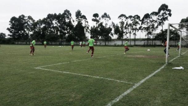 Náutico realiza último treino antes da partida contra o Boa Esporte