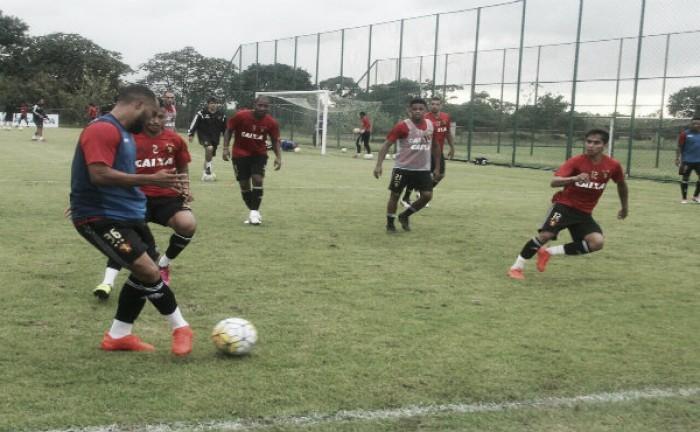 Durval segue fora e Oswaldo de Oliveira mantém escalação do Sport para jogo com Atlético-PR