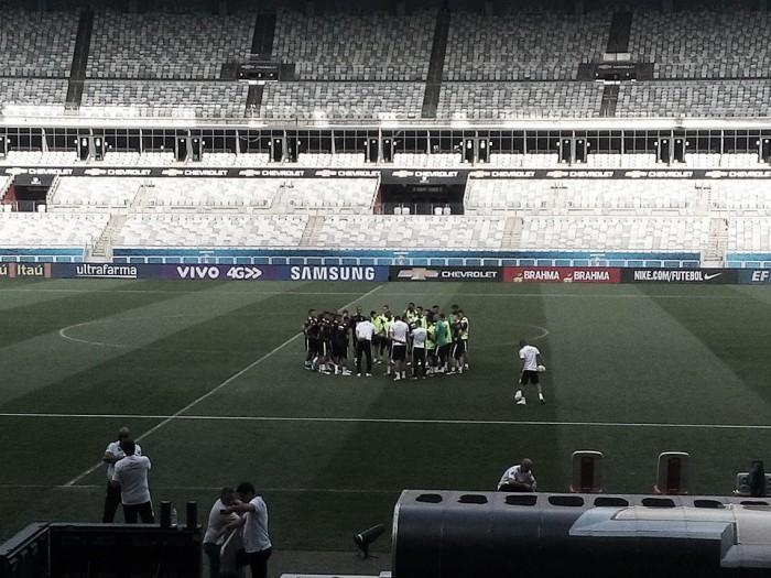 Sem surpresas na escalação, Brasil faz último treino visando duelo contra Argentina