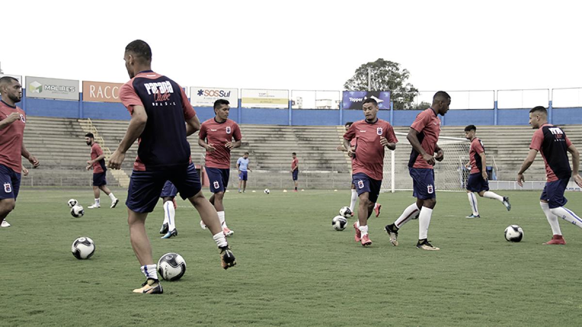 No centésimo clássico, Paraná recebe Coritiba pela segunda rodada da Taça Caio Júnior