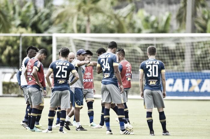 À espera de Arrascaeta, Mano fecha treino e esconde Cruzeiro que irá enfrentar o Sport