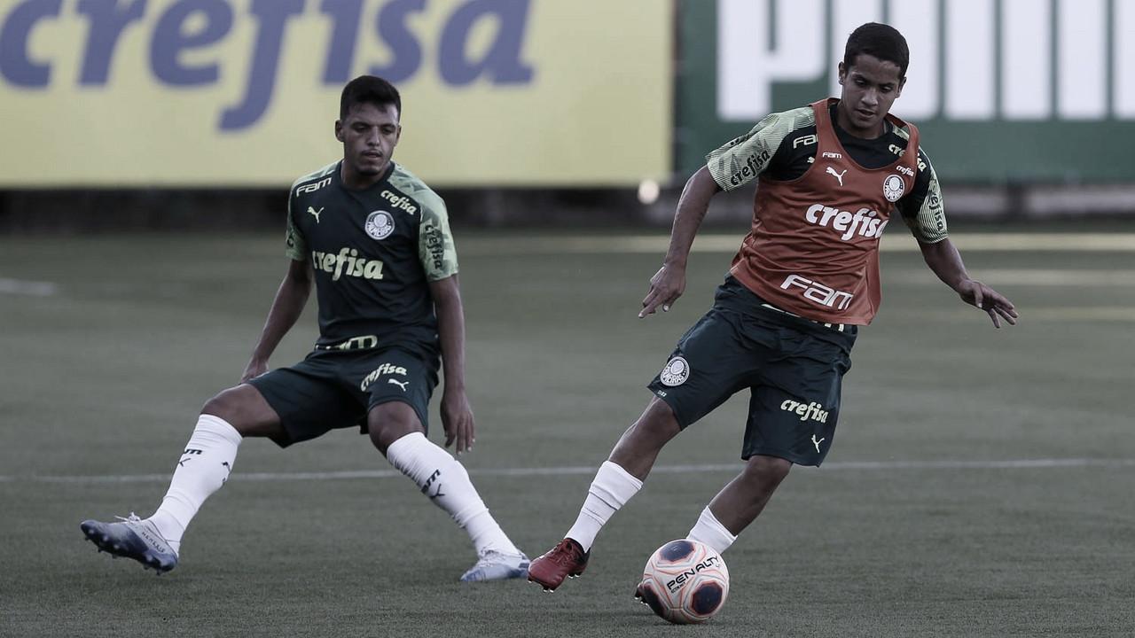 Embalado pela vitória no clássico, Palmeiras recebe instável Sport