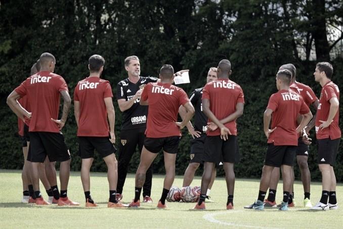 Hudson, Willian Farias e Liziero são desfalques no treino do São Paulo