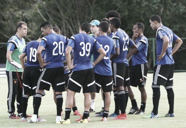 Sport encerra preparativos para confronto ante Santos com quatro mudanças