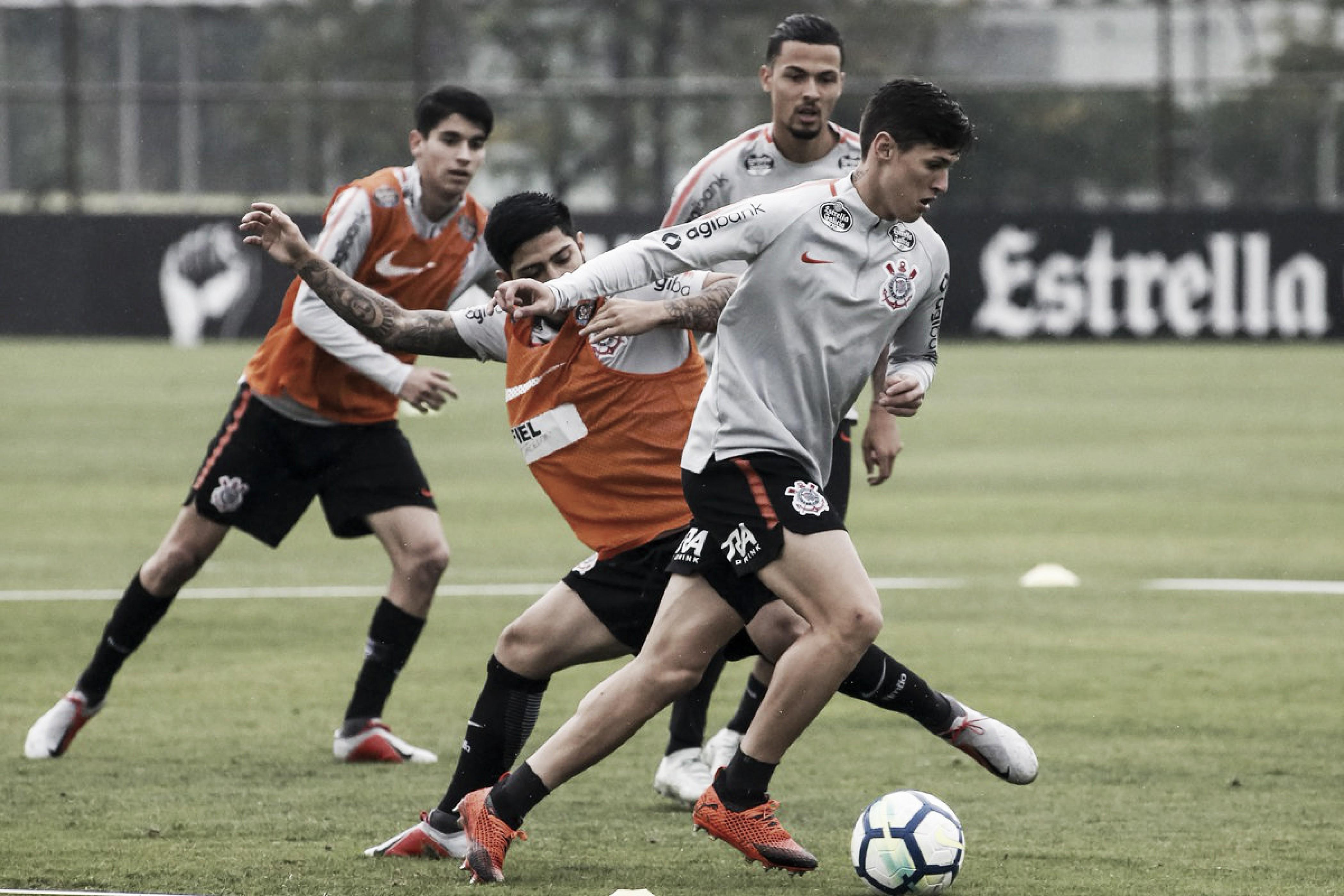 Corinthians recebe Sport em busca da vitória para subir na tabela do Campeonato Brasileiro