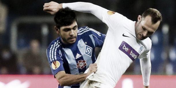 Saint-Étienne anuncia a contratação do lateral-esquerdo Benoît Trémoulinas