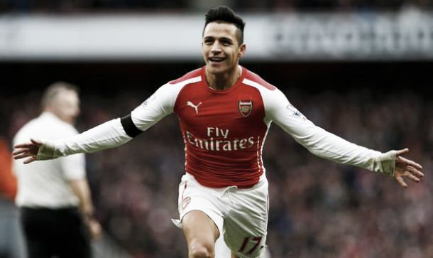 Sanchez scaccia i fantasmi dall'Emirates, Arsenal-Stoke finisce 3-0