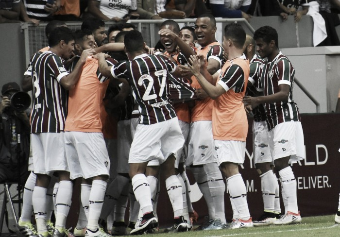 Fluminense bate Corinthians em Brasília e entra na briga por vaga no G-4