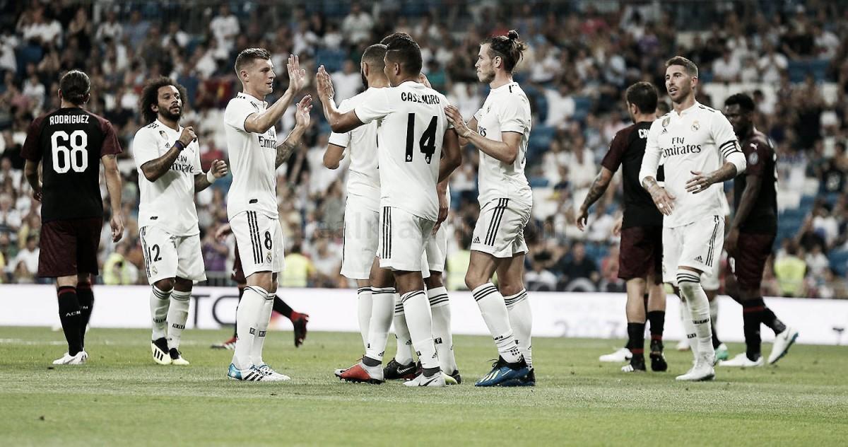 El Real Madrid levanta su vigésimo octavo trofeo Santiago Bernabéu