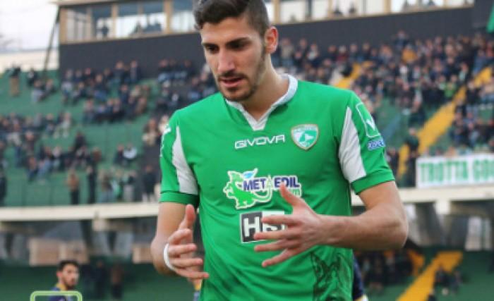 Serie B: all'Avellino il derby campano