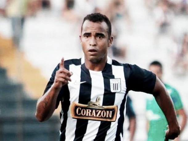Alianza Lima renovó contrato con Luis Trujillo