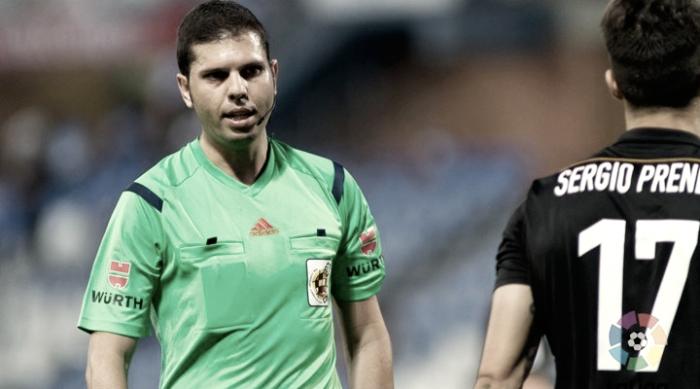 Trujillo Suárez dirigirá el derbi entre Alavés y Eibar