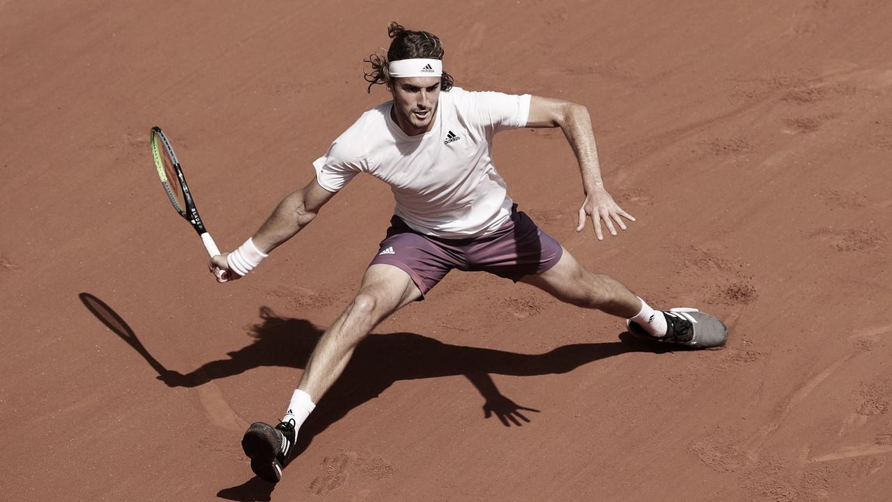 Tsitsipas domina Carreño Busta e avança para as quartas de Roland Garros