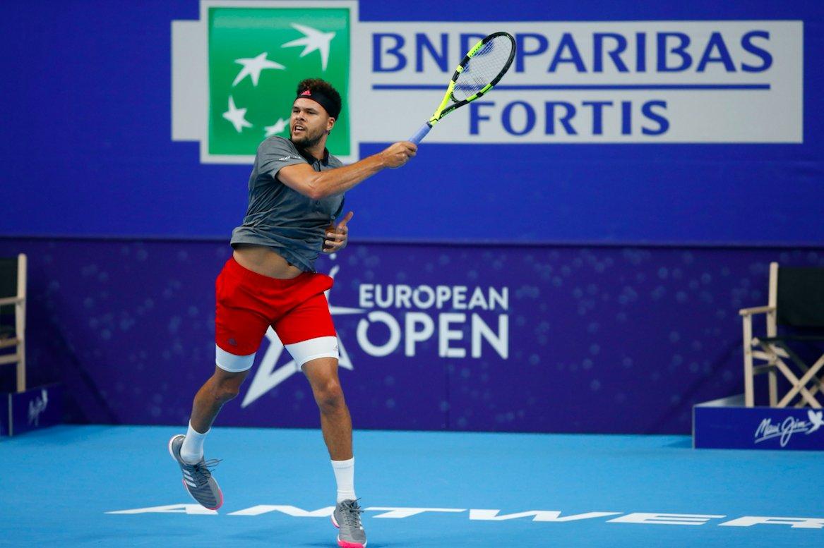 ATP Anversa: torna alla vittoria Tsonga, avanza Simon. Il day2