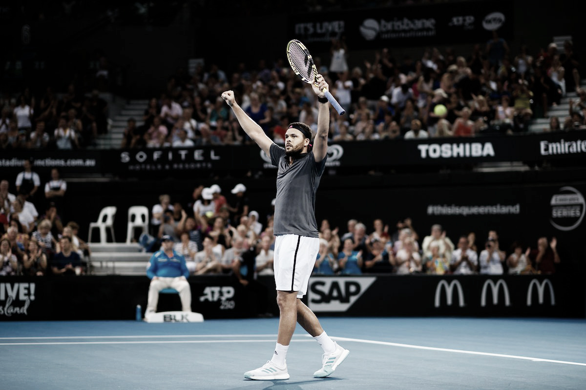 Tsonga vence de Minaur e se garante na semifinal do ATP de Brisbane