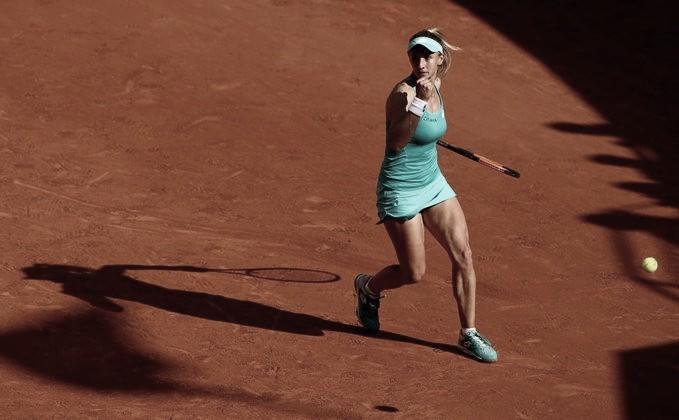 Tsurenko supera Bouchard e vai à segunda rodada em Roland Garros