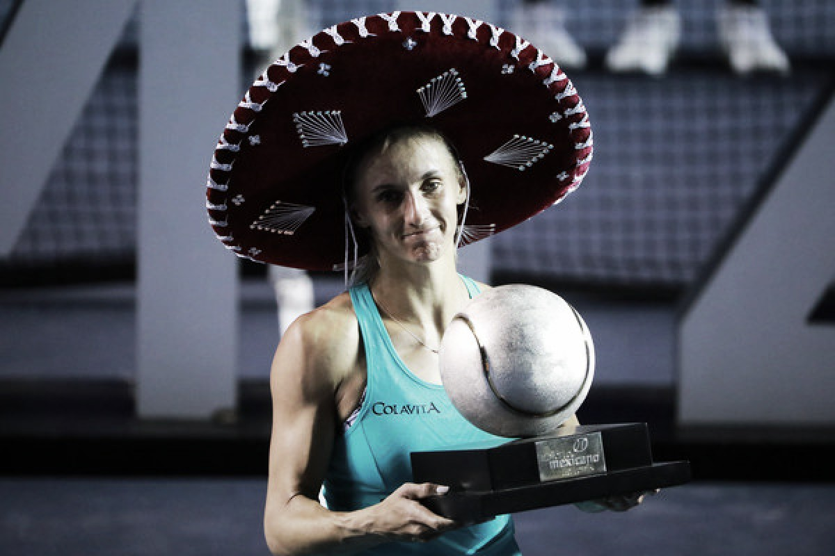 WTA Acapulco: Lesia Tsurenko successfully defends title, defeats Stefanie Voegele in thriller