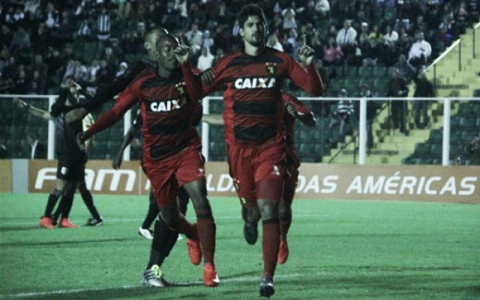 Túlio de Melo volta a marcar contra Figueirense e busca seguir com oportunidade no Sport