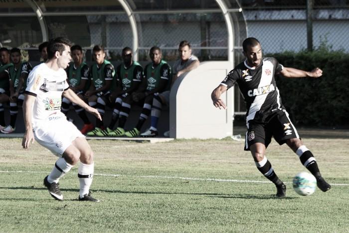 Tupi e Vasco ficam no empate em jogo disputado no Mário Helênio