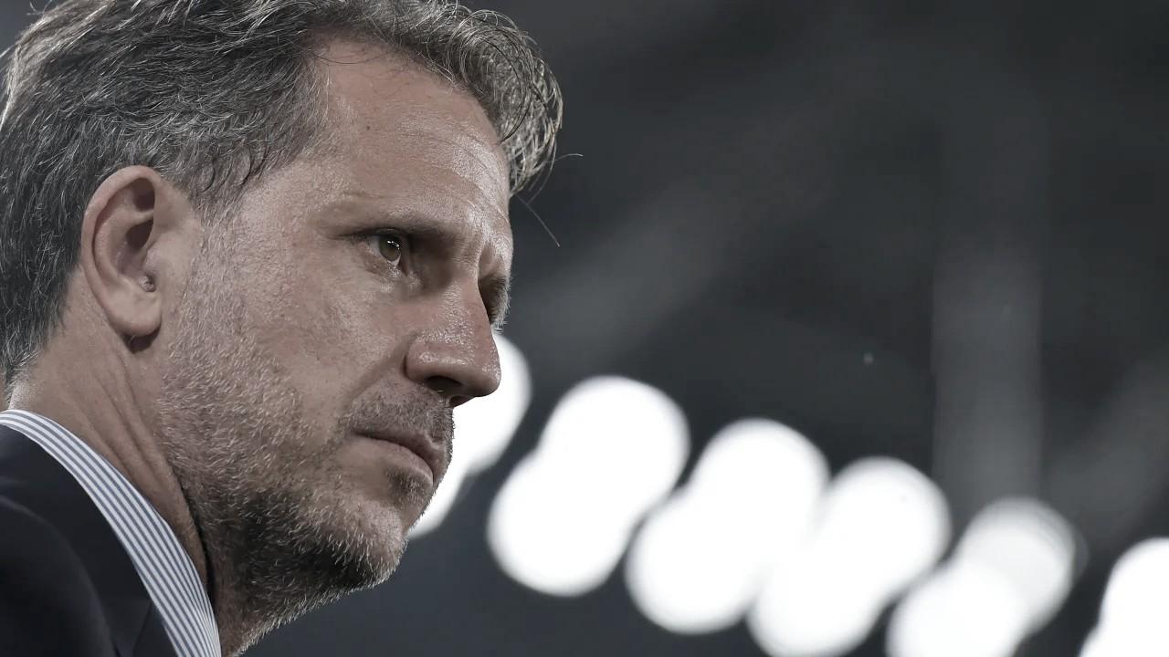 """Diretor da Juventus fala sobre possível saída de Pirlo: """"Uma derrota não mudará o projeto"""""""